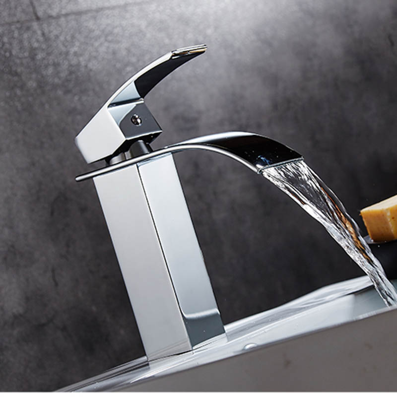 Mitigeur lavabo cascade robinetdeco - Robinet lavabo salle de bain ...
